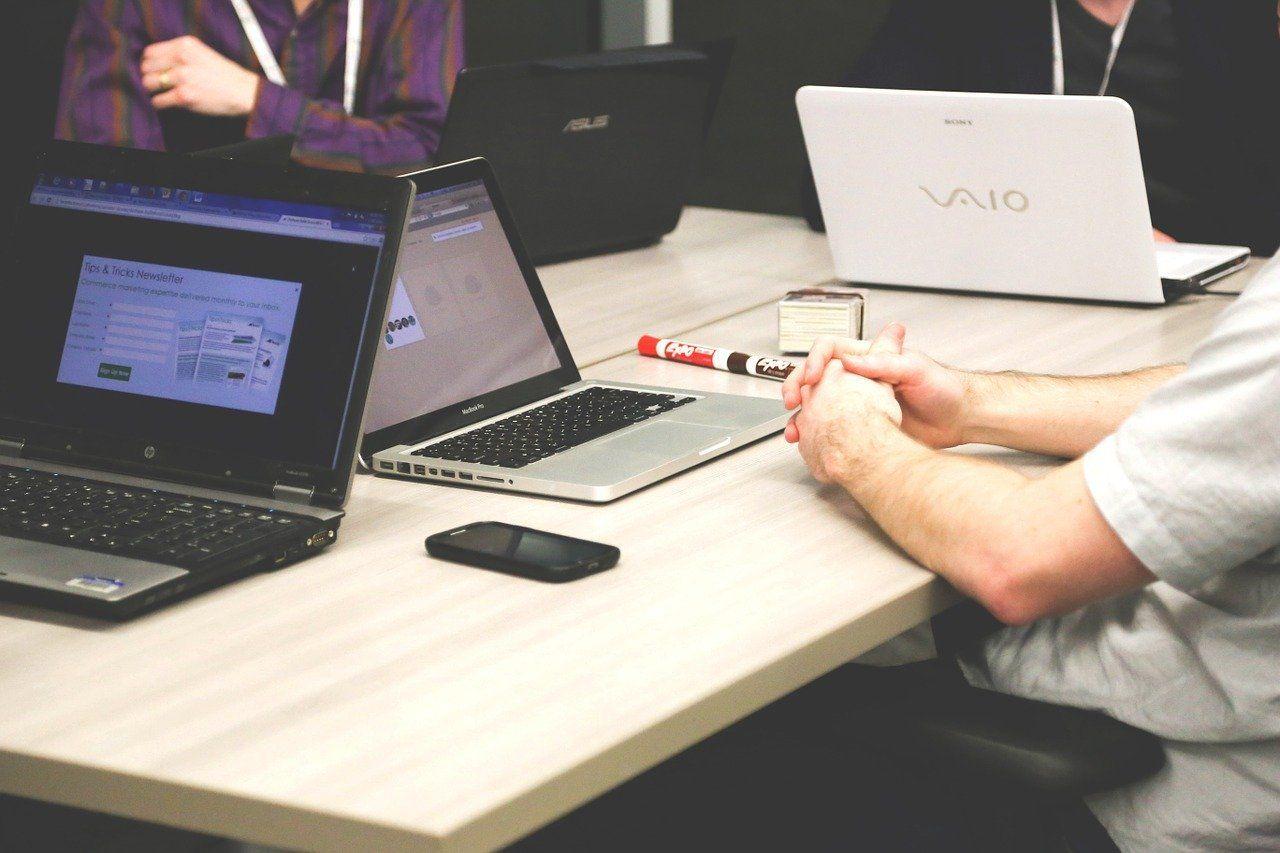 Elegir una laptop antes de comprarla ¿En qué debo fijarme?